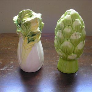Vintage Salt and Pepper Shaker Vegetables